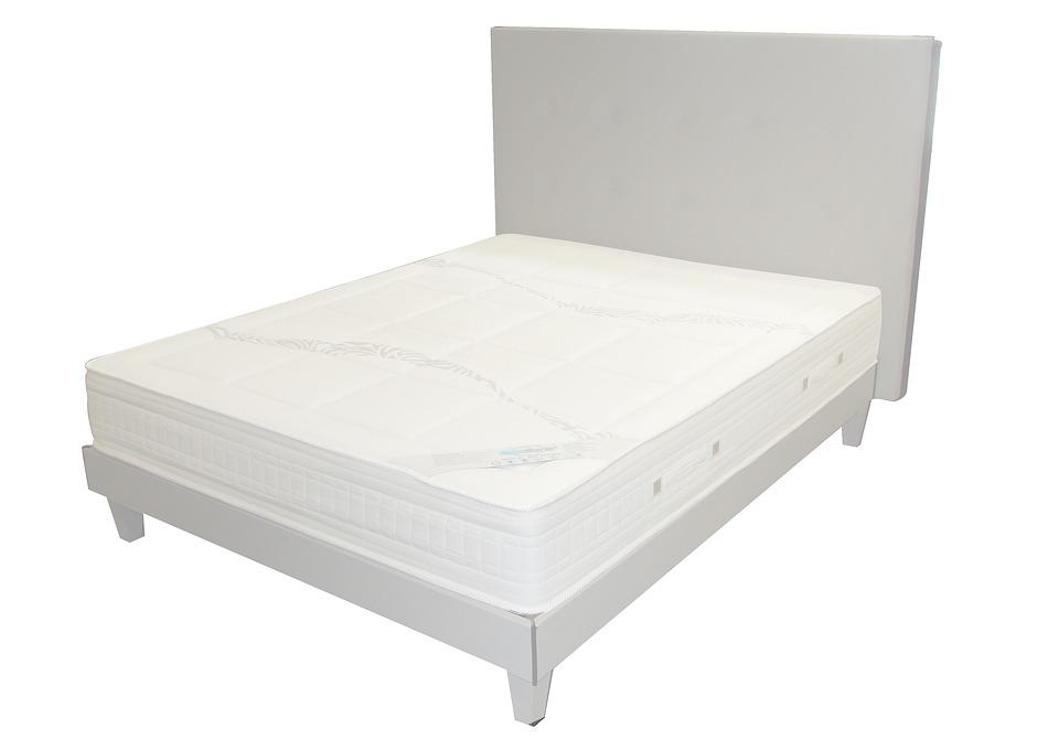 mattress-2029193_960_720
